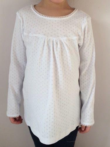 Makerist - Weißes Girly-Shirt mit Spitze - Nähprojekte - 1
