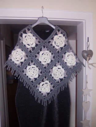 Makerist - Rosen Granny Poncho - 1