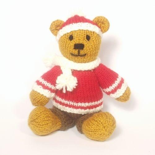 Makerist - Christmas Bitsy Boy Teddy - Knitting Showcase - 2