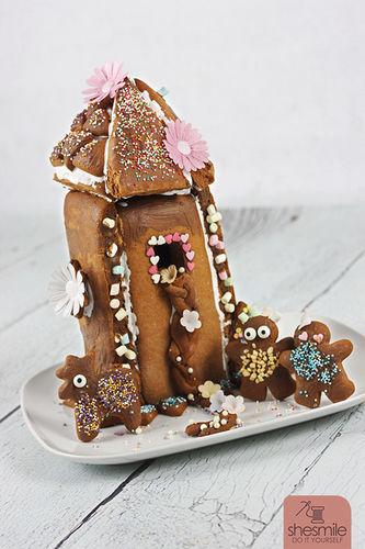 Makerist - Ein Lebkuchen-Rapunzel-Turm für die Sendung mit der Maus! - Torten, Cake Pops und Cupcakes - 1