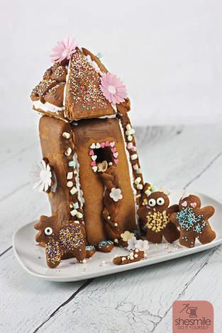 Makerist - Ein Lebkuchen-Rapunzel-Turm für die Sendung mit der Maus! - 1