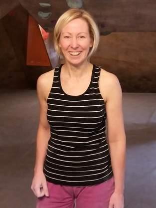 Frau Hennie ist mein neues Klettershirt!
