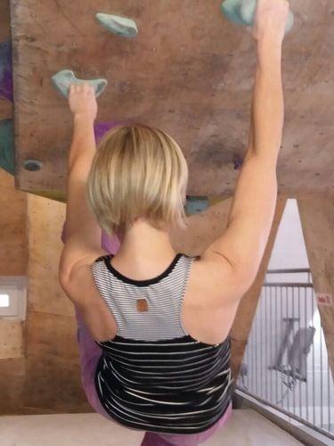Makerist - Frau Hennie ist mein neues Klettershirt! - Nähprojekte - 2