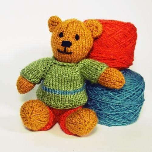 Makerist - Bitsy Teddy - Knitting Showcase - 3