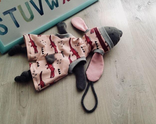 Makerist - Geburtsgeschenk - Hoodiehase, Beanie & Pumphose - Nähprojekte - 1
