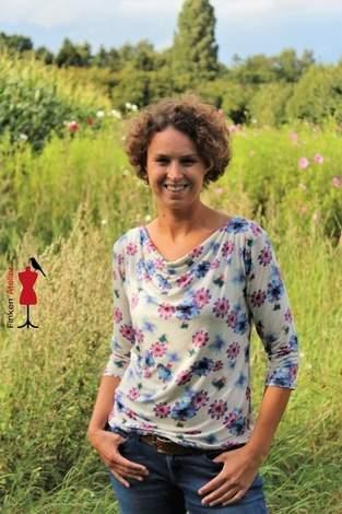 Clare von Drei EM's aus Viskosejersey