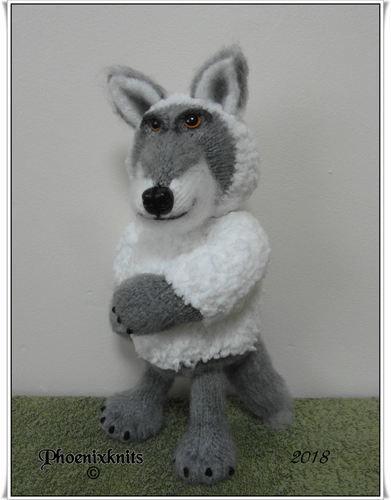 Makerist - Wolf in sheeps clothing - Knitting Showcase - 1