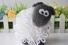 Makerist - Curly the Sheep - 1