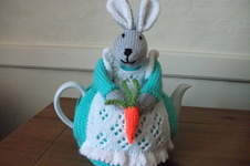 Makerist - Bunny Tea Cosy - 1