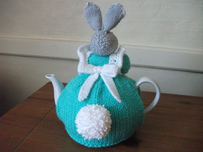 Makerist - Bunny Tea Cosy - Knitting Showcase - 2