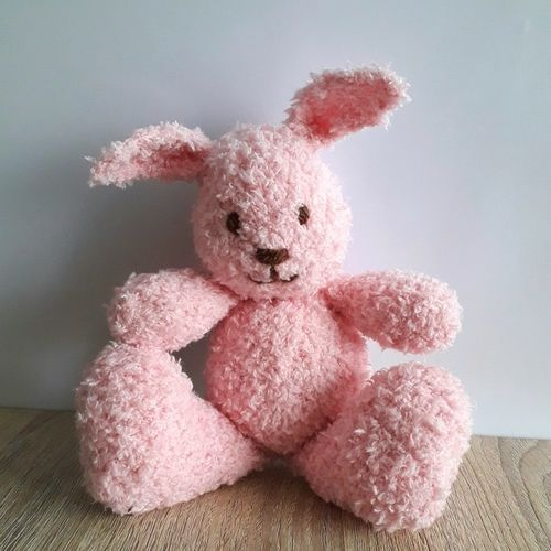 Makerist - Pink Little Cuddle Bunny - Knitting Showcase - 1