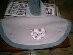 Makerist - cape pour mon autre petite fille - 1