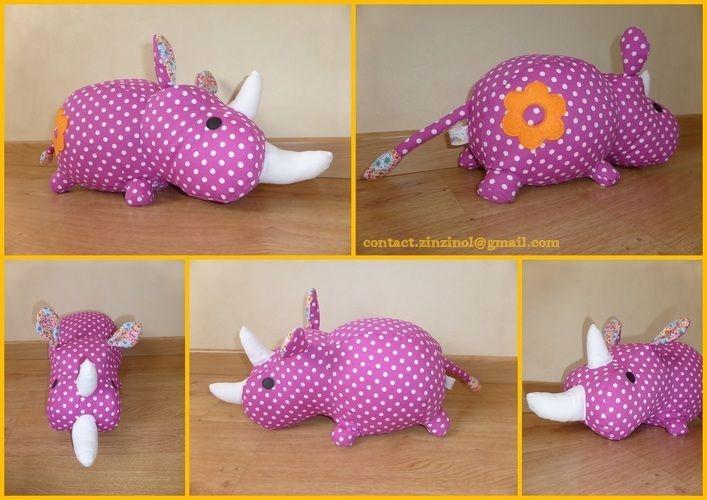 Makerist - Peluche Rhino rose - Créations de couture - 1