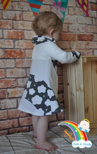 Makerist - Phia's Cool Curved Dress aus Jersey in Gr. 74 - Nähprojekte - 3