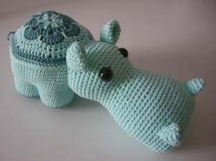 Makerist - Blumen-Hippo - 1