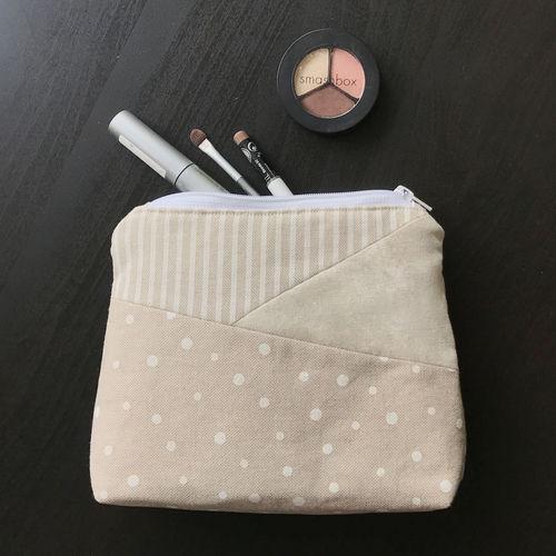 Makerist - Kosmetiktasche aus Leinenstoffen - Nähprojekte - 1