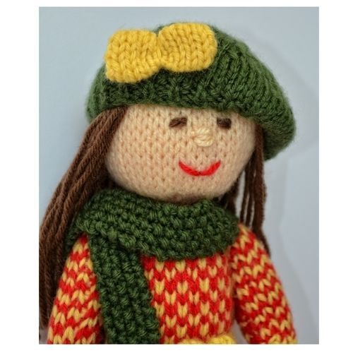 Makerist - Aster - An Autumn Doll - DK Wool - Knitting Showcase - 3