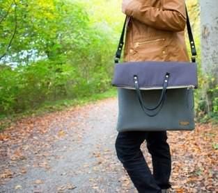 Tasche Carry mit Lederriemen