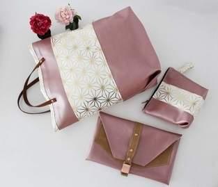 Taschenset aus rosefarbenem Kunstleder und Canvas mit Goldakzenten