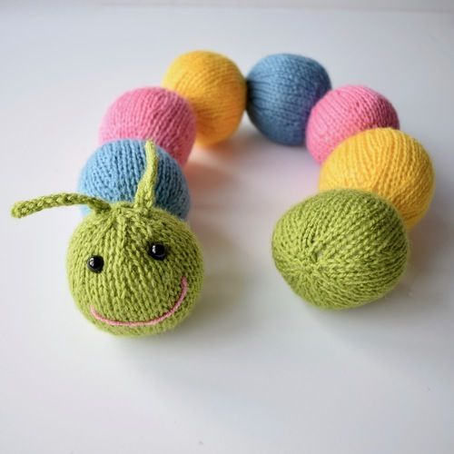 Makerist - Chloe Caterpillar - Knitting Showcase - 1
