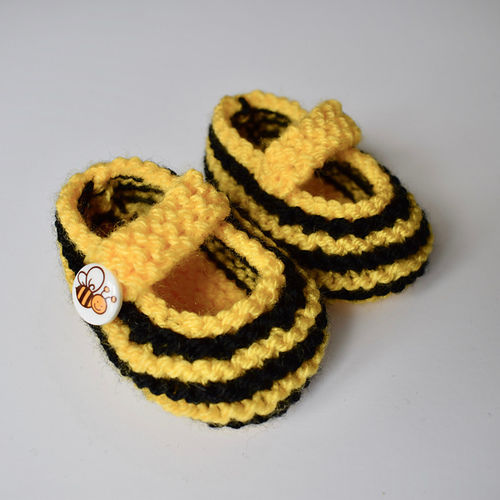 Makerist - Booties - Knitting Showcase - 1