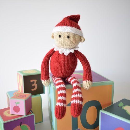 Makerist - Jingles the Elf - Knitting Showcase - 1