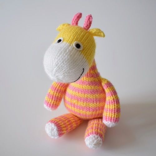 Makerist - Jimmy Giraffe - Knitting Showcase - 2