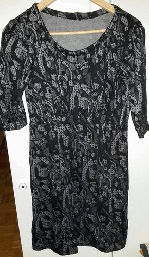 Makerist - Kleid mit Raffung unter der Brust - Nähprojekte - 1
