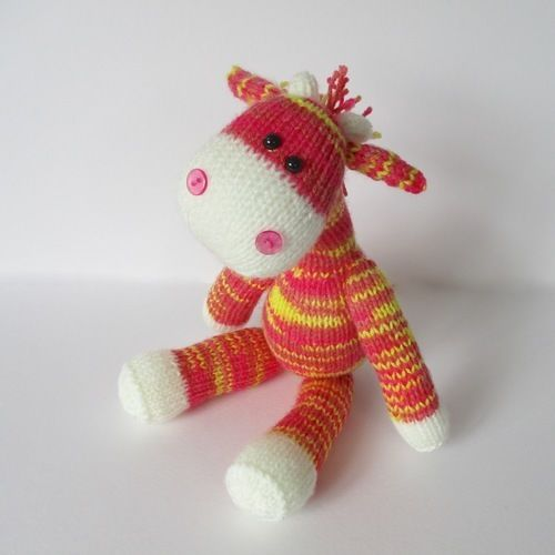 Makerist - Gerald the Giraffe - Knitting Showcase - 1