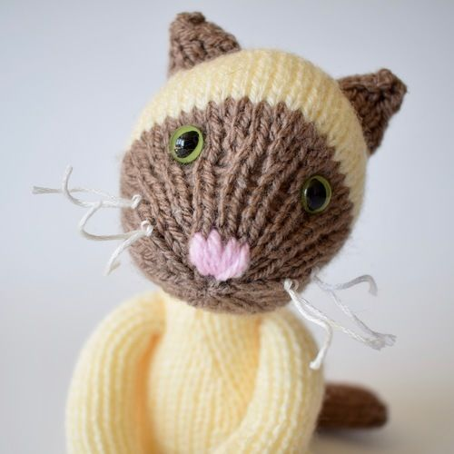 Makerist - Siamese Cat - Knitting Showcase - 2