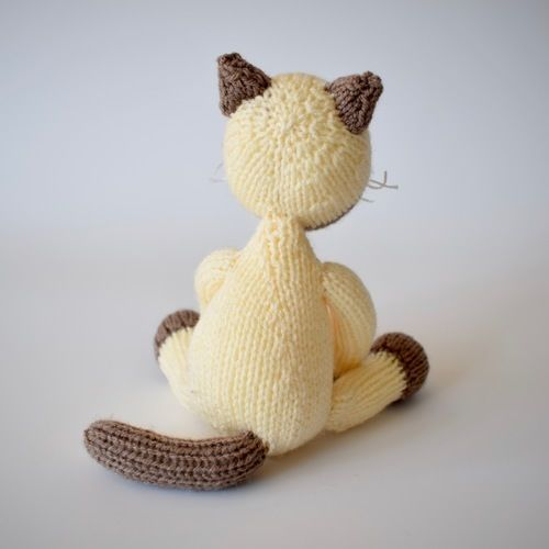 Makerist - Siamese Cat - Knitting Showcase - 3