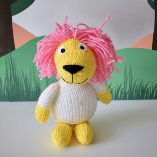 Makerist - Lionel the Lion - Knitting Showcase - 1