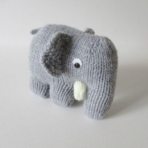 Makerist - Hatty the Elephant - Knitting Showcase - 1
