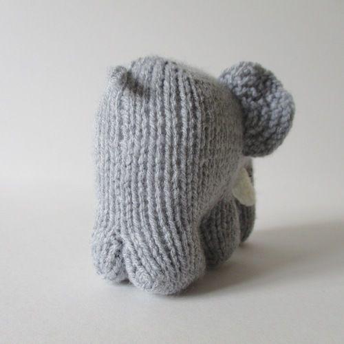 Makerist - Hatty the Elephant - Knitting Showcase - 2