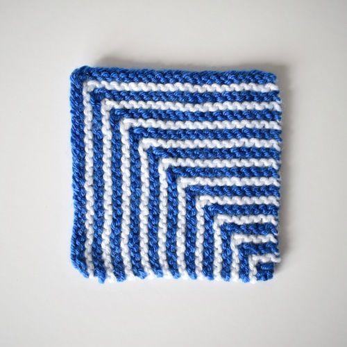 Makerist - Square Coaster - Knitting Showcase - 1