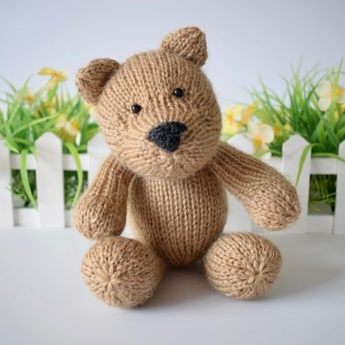 Makerist - Nutmeg Bear - Knitting Showcase - 1