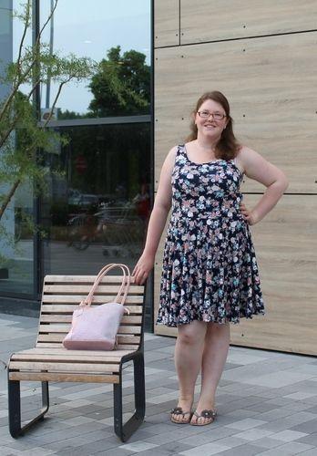 Makerist - Miss Marisa - Das Wohlfühl Jersey Kleid für Damen - Nähprojekte - 1