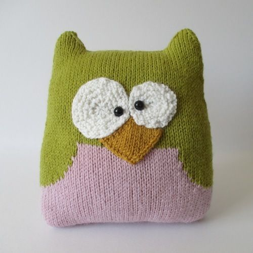Makerist - Owl Cushion - Knitting Showcase - 1