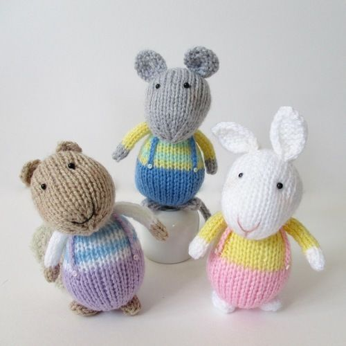 Makerist - Fluffy, Sniffles and Squeaker - Knitting Showcase - 1