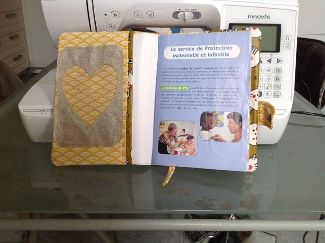 Makerist - Protège carnet de santé Mathis pour ma fille concours mai  - Créations de couture - 2