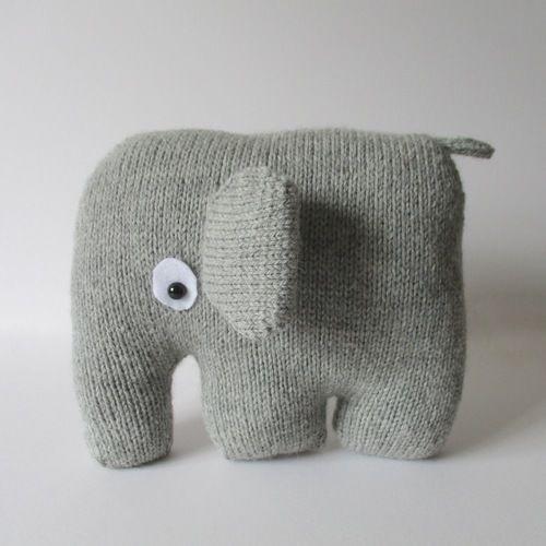 Makerist - Elephant Cushion - Knitting Showcase - 3