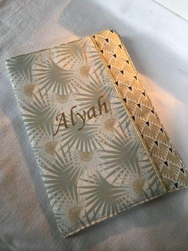Makerist - Mon p'tit carnet doré - Créations de couture - 1