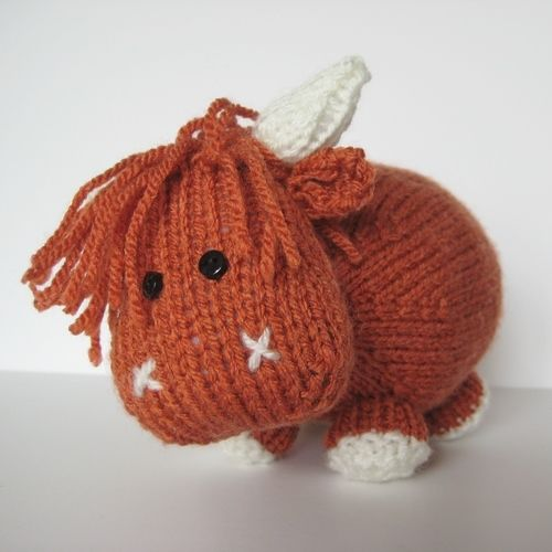 Makerist - Mac the Highland Bull - Knitting Showcase - 1