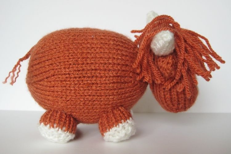 Makerist - Mac the Highland Bull - Knitting Showcase - 2