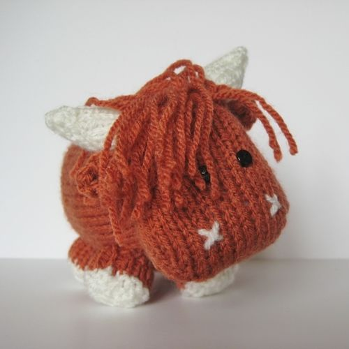 Makerist - Mac the Highland Bull - Knitting Showcase - 3