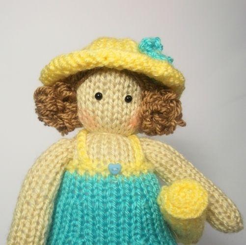 Makerist - Tilda Doll Sarah - Knitting Showcase - 2