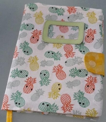 Makerist - Concours mai_protège carnet de santé ananas - Créations de couture - 1
