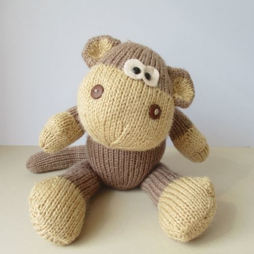Makerist - Max the Monkey - Knitting Showcase - 1