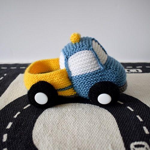 Makerist - Toy Truck - Knitting Showcase - 1