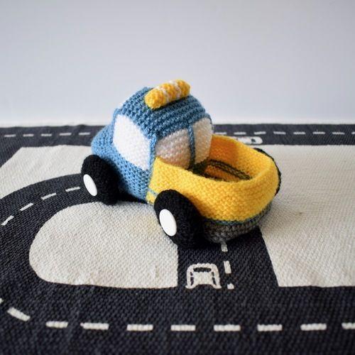 Makerist - Toy Truck - Knitting Showcase - 2